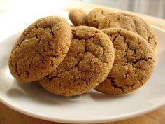 Ginger crackles. Nummy.