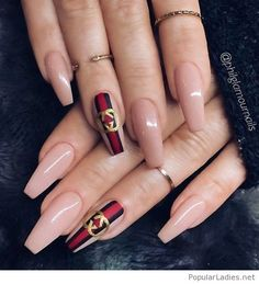 Chic nail art inspiration on nude