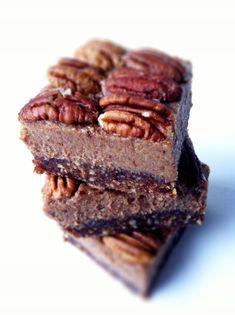 Healthy Pecan Pie Bites (No-Bake, Vegan and Gluten Free) | Amy Layne Paradigm Blog
