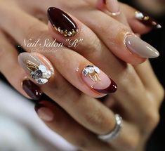 megumi kobayashi☞☞☞さんはInstagramを利用しています:「あー可愛い😍あーセクシー❤️ . 毎回自爪での施術です😋🌹 .…」 Japanese Nail Design, Japanese Nail Art, Burgundy Nails, Red Nails, Hello Kitty Nails, Nail Jewels, Stiletto Nail Art, Red Nail Designs, Trendy Nail Art