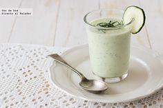 Receta de crema fría de pepino, yogur griego y menta http://www.directoalpaladar.com/recetas-de-sopas-y-cremas/receta-de-crema-fria-de-pepino-yogur-griego-y-menta