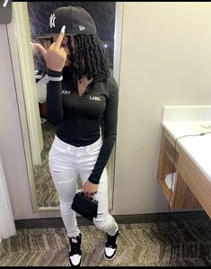 Boujee Outfits, Baddie Outfits Casual, Swag Outfits For Girls, Teenage Girl Outfits, Cute Swag Outfits, Cute Comfy Outfits, Teen Fashion Outfits, Chill Outfits, Pretty Outfits