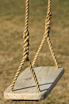 """44 Relaxing Pallet Bed Swing Ideas For Backyard - A famous quote by E J Cossman- """"The best bridge between despair and hope is a good night's sleep."""", speaks of the significance of a quality sleep, whi. Wooden Tree Swing, Wood Swing, Wood Tree, Backyard Swings, Backyard Playground, Backyard For Kids, Pallet Swing Beds, Diy Swing, Porch Swing"""