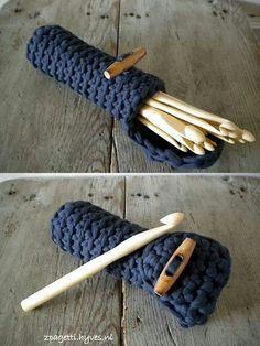 Crochet Hook Caddy: Inspiration only, sorry, no pattern