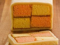 Battenberg Cake ist ein Rezept mit frischen Zutaten aus der Kategorie Marzipantorte. Probieren Sie dieses und weitere Rezepte von EAT SMARTER!