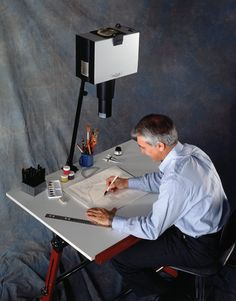 How to use a Transparency Overhead Projector in Art ...