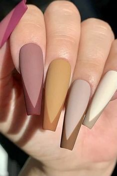 Spring Nails 2021, Matte Nails, French Tip Nails, White Nails, Spring Manicure, Spring Nails, Trendy Nail Ideas, Beige Nails, Long Nails Design, Coffin Nails, Long Nails, Summer Nails, Nails Acrylic #springnails