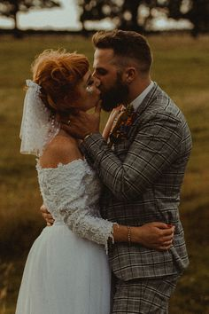 Wedding Photography - A creative collections wedding shoot poses. outdoor wedding photography beach snap example 2065422836 produced on 20190301 , Boho Wedding, Floral Wedding, Dream Wedding, Wedding Day, Handmade Wedding, Wedding Ceremony, Wedding Rings, Wedding Designs, Wedding Styles