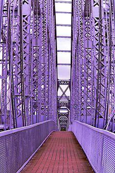 The purple people bridge Cincinnati Ohio ༻♡༻ ღ☀☀ღ‿ ❀♥♥ 。\|/ 。☆ ♥♥ »✿❤❤✿« ☆ ☆ ◦ ● ◦ ჱ ܓ ჱ ᴀ ρᴇᴀcᴇғυʟ ρᴀʀᴀᴅısᴇ ჱ ܓ ჱ ✿⊱╮ ♡ ❊ ** Buona giornata ** ❊ ~ ❤✿❤ ♫ ♥ X ღɱɧღ ❤ ~ Tues 14th April 2015