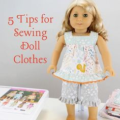 Watch: 5 tips to help you sew well-fitted clothes for your dolls! Watch: 5 tips to help you sew well-fitted clothes for your dolls! Sewing Doll Clothes, Baby Doll Clothes, Sewing Dolls, Barbie Clothes, American Girl Outfits, American Girl Crafts, American Doll Clothes, American Girls, Doll Dress Patterns