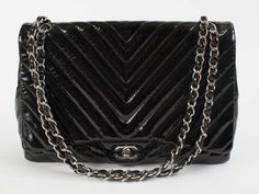 Chanel  SOLD! - http://www.pandoradressagency.com/latest-arrivals/product/chanel-29/