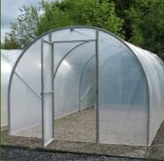 How to hoop house; our goal is to build one over our beds this year! Veg Garden, Lawn And Garden, Sunrooms And Decks, Cold Frame, Greenhouse Gardening, Hobby Farms, Garden Structures, Aquaponics, Outdoor Projects