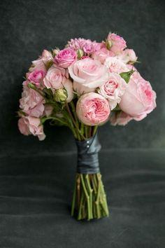 Los 50 ramos de novia más bonitos: elegancia y distinción en tu boda Image: 29