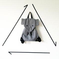 Kinderrucksack // Kleiner grauer Elefant // Rucksack // Unikat von JIMMIWOW auf Etsy