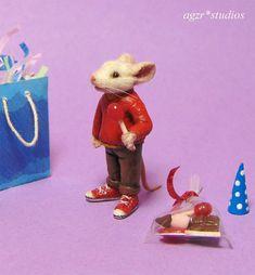 OOAK Dollhouse Miniature Mouse Rat Stuart Little Inspired Doll Fairy Sculpt Dollhouse Dolls, Dollhouse Miniatures, Baby Walrus, Baby Cubs, Stuart Little, American Eskimo Dog, Miniature Dogs, Flamingo Bird, Polymer Clay Art