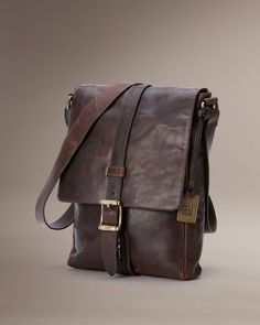 Logan Small Messenger - Bags & Accessories_Mens_Bags - The Frye Company
