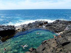 Kauai, Hawaii - Travel Guide and Travel Info ~ Tourist Destinations