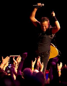 Bruce Springsteen greets the crowd as he and the E Street Band perform at Oracle Arena in Oakland, Calif., Sunday, March 13, 2016; their latest stop on The River Tour. (D. Ross Cameron/Bay Area News Group)
