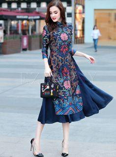 Shop Retro Asymmetric Patch Print Maxi Dress at EZPOPSY. Ao Dai, Model Dress Batik, Batik Dress, Hijab Stile, Batik Fashion, Traditional Dresses, Designer Dresses, Nice Dresses, Fashion Dresses