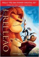 O Rei LeãoMufasa (voz de James Earl Jones), o Rei Leão, e a rainha Sarabi (voz de Madge Sinclair) apresentam ao reino o herdeiro do trono, Simba (voz de Matthew Broderick). O recém-nascido recebe a bênção do sábio babuíno Rafiki (voz de Robert Guillaume), mas ao crescer é envolvido nas artimanhas de seu tio Scar (voz de Jeremy Irons), o invejoso e maquiavélico irmão de Mufasa, que planeja livrar-se do sobrinho e herdar o trono.