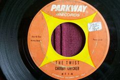 Chubby Checker sing 'The Twist' 45 rpm record released 1960 45 Records, Vinyl Records, Vinyl Junkies, Rock N Roll Music, Oldies But Goodies, My Childhood Memories, Greatest Songs, Soul Music, The Good Old Days