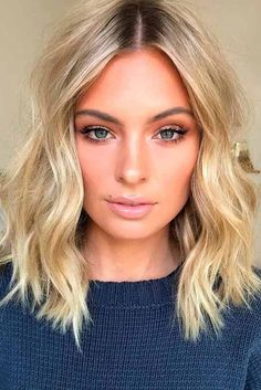 Hottest Styles For Medium Hair hair ❤️ Let's guide you to the world of medium hair styles. We have a collection of the most fashionable hairstyles for ladies with shoulder length hair. Beach Waves For Short Hair, Short Wavy Hair, Short Waves, Curly Bob, Wavy Shoulder Length Hair, Thin Hair, Curl Medium Length Hair, Messy Waves, Curly Bangs