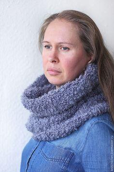 """Купить Серый объёмный вязаный снуд """"Мне тепло!"""" - серый, серый цвет, серый шарф"""