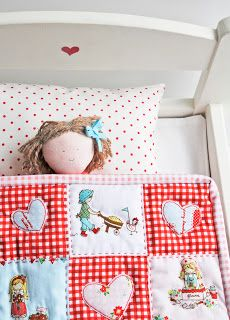 Helen Philipps makes another adorable adorable item with The Simple Life