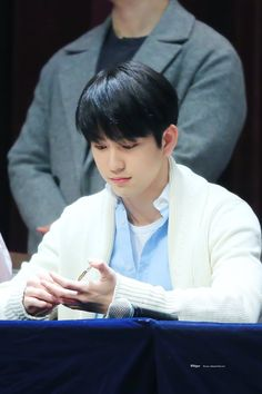 180318 #GOT7 #Yeongdeungpo_Fansign #JinYoung