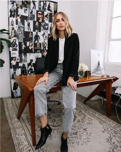 nice office outfits for ladies Look Office, Office Looks, Simple Office Outfit, Office Chic, Looks Style, Looks Cool, Office Fashion, Work Fashion, Fashion Pants