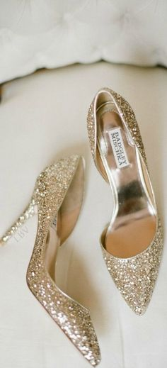 Sparkling Gold Badgley Mischka Holiday Heels