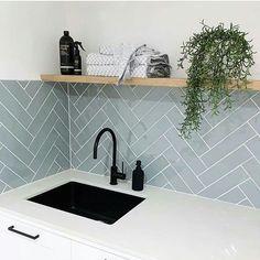 Bathroom Splashback, Mosaic Bathroom, Modern Laundry Rooms, Herringbone Wall, Laundry Room Inspiration, Blue Tiles, Rustic Bathrooms, Kitchen Colors, Kitchen Ideas