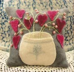 wool pincushion patterns | ... about ~ LITTLE ROSEBUDS ~ Penny Rug Wool Applique Pincushion Pattern