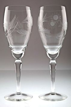 2 Vintage Sektgläser floraler Schliff Jugendstil Gläser Sektglas
