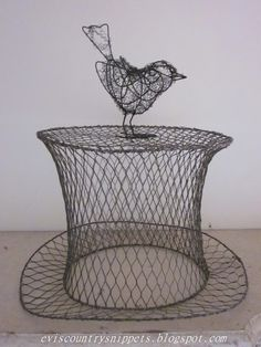 Evi's Country Snippets: WIRE WARE  What fun!!