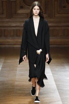 Sharon Wauchob Spring 2016 Ready-to-Wear Collection Photos - Vogue