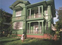 My Silay Heritage: Angel Araneta Ledesma Ancestral House Filipino House, Filipino Art, Philippine Architecture, Philippine Houses, Bamboo House, Old Houses, Small Houses, Spanish Style, Victorian Homes