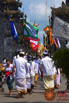 #Indonesia #Bali #Culture #Ceremony #Hinduism #CultureShock