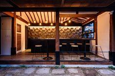 Project Name : CRAFT ROO / Craft Beer Pub / Hanok Remodeling Location : Seoul  Designer : Jay Song, Joon Kim Photographer : Jaehyuk Nam BI Designer : Seongw...