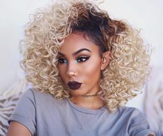 30 Best Hair Color Ideas For Black women - Couleur Cheveux 02 My Hairstyle, Cool Hairstyles, Black Owned Makeup Brands, Alyssa Forever, Curly Hair Styles, Natural Hair Styles, Bleach Blonde Hair, Pelo Afro, Cool Hair Color