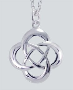 Celtic Love Knot Pendant would make an awesome tat i think Celtic Knot Meanings, Celtic Love Knot, Celtic Knots, Celtic Tribal, Romance And Love, Rangoli Designs, Eternity Ring, Jewelery, Bling