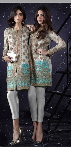 #pintrest@Dixna deol Indian Wedding Outfits, Pakistani Outfits, Indian Outfits, Pakistani Couture, Indian Couture, Kurta Designs, Blouse Designs, Desi Wear, Desi Clothes