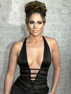 #Fashion #Celebrity style: #Jennifer Lopez
