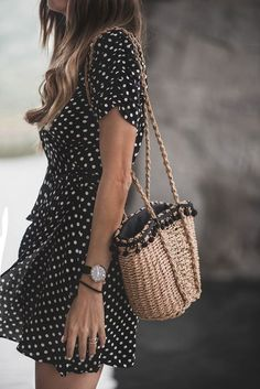 Summer Street Style Looks to Copy Now – Summer Outfits – Summer Fashion Tips Looks Chic, Looks Style, Street Style Looks, Fashion Mode, Look Fashion, Womens Fashion, Street Style Fashion 2018, Ladies Fashion, Summer Street Fashion