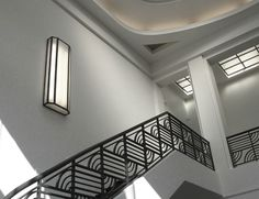 Art Deco Balustrade, ceiling detail and lighting Art Deco Furniture, Furniture Styles, Escalier Design, Streamline Moderne, Grades, Art Deco Buildings, Art Deco Home, Interior Stairs, Pop Design