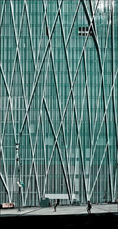 Edificio Telefónica Diagonal 00. Arquitecto: Enric Massip-Bosch. Foto: Pablo Echávarri - Guia arquitectura