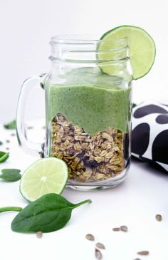 The Lean Green Smoothie Challenge - Green Thickies: Filling Green Smoothie Recipes Best Green Smoothie, Green Smoothie Recipes, Juice Smoothie, Smoothie Drinks, Green Smoothies, Real Food Recipes, Delicious Recipes, Health Recipes, Healthy Drinks
