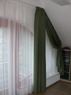 Háló szoba – Tetőtéri ablak függönyözése