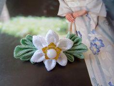 Barrette à cheveux mariage Kanzashi blanc et vert