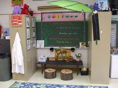 Welcome to First Grade Room 5 - Science Center